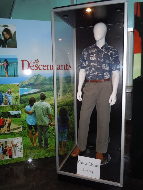 George Clooney The Descendants outfit