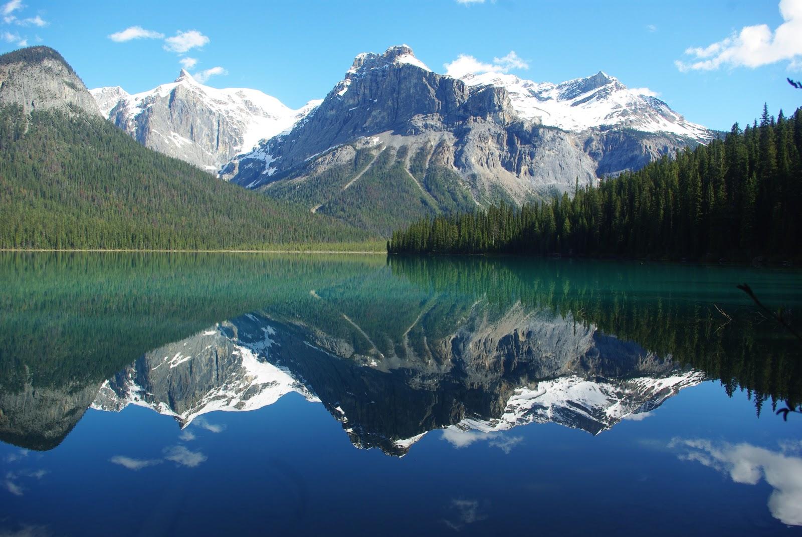 Travel trip journey emerald lake yoho national park british