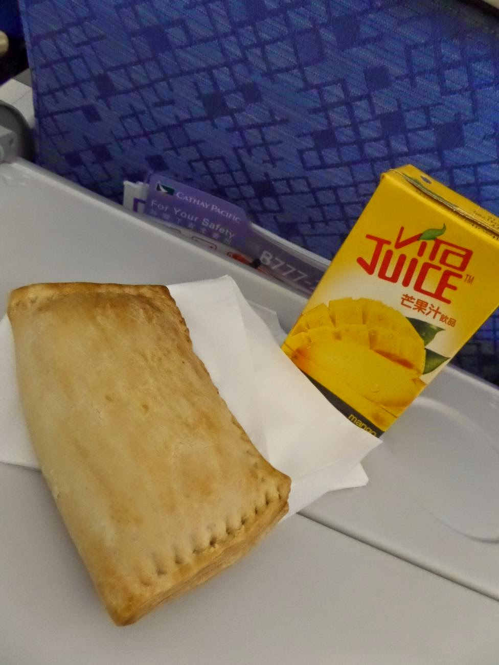 cathay pacific snack