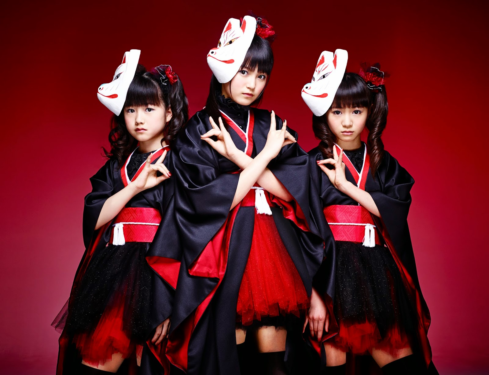 2 or 3 lines (and so much more): BABYMETAL --