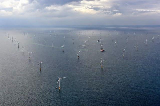 Sheringham Shoal Offshore Wind Farm in the UK. (Credit: Flickr / Statkraft) Click to Enlarge.