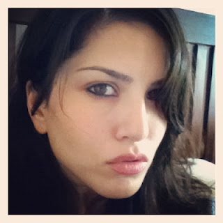 Hot Sunny Leone's Rare Private and Personal Picture