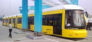 Straßenbahn: Bombardier: Erster langer FLEXITY Berlin Zweirichter an die BVG