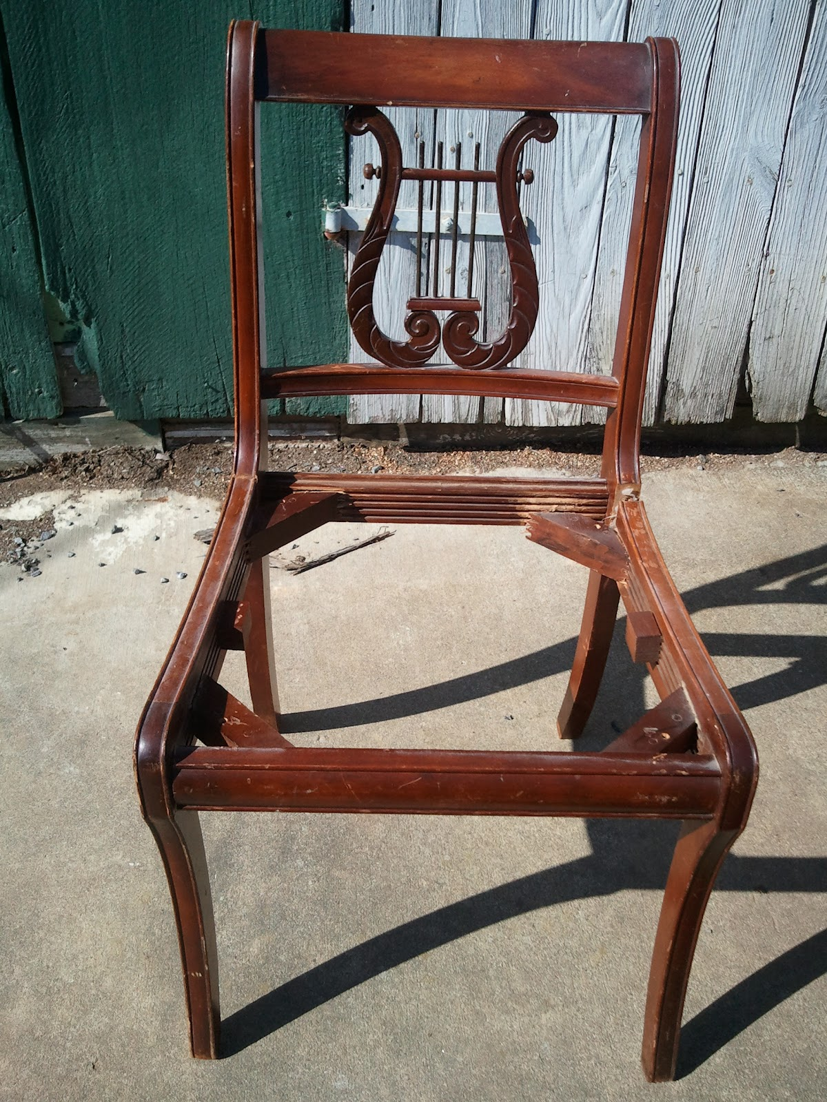 Exceptionnel Reproduction Duncan Phyfe Lyre Back Chairs (ca. 1930)