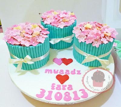 Hantaran - Mini Cakes