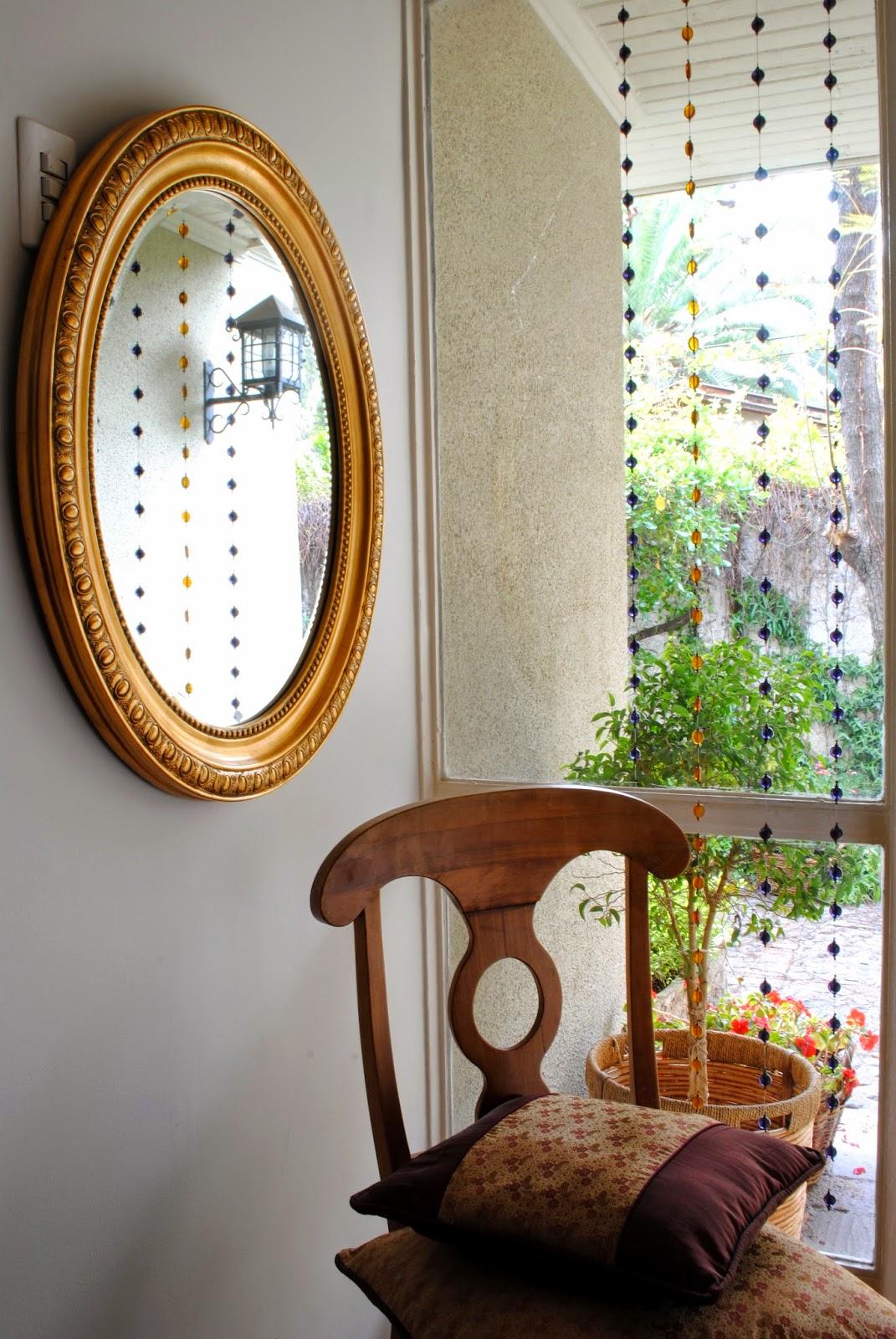 Espejos ovalados espejos modernos forma ovalada espejo for Espejo con marco biselado