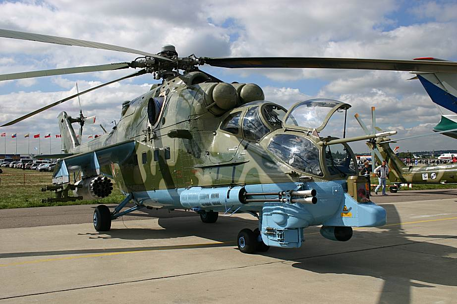 mi24pn russian combat helicopter jet fighter picture