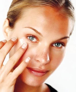 maquillaje para cubrir cicatrices pequeñas