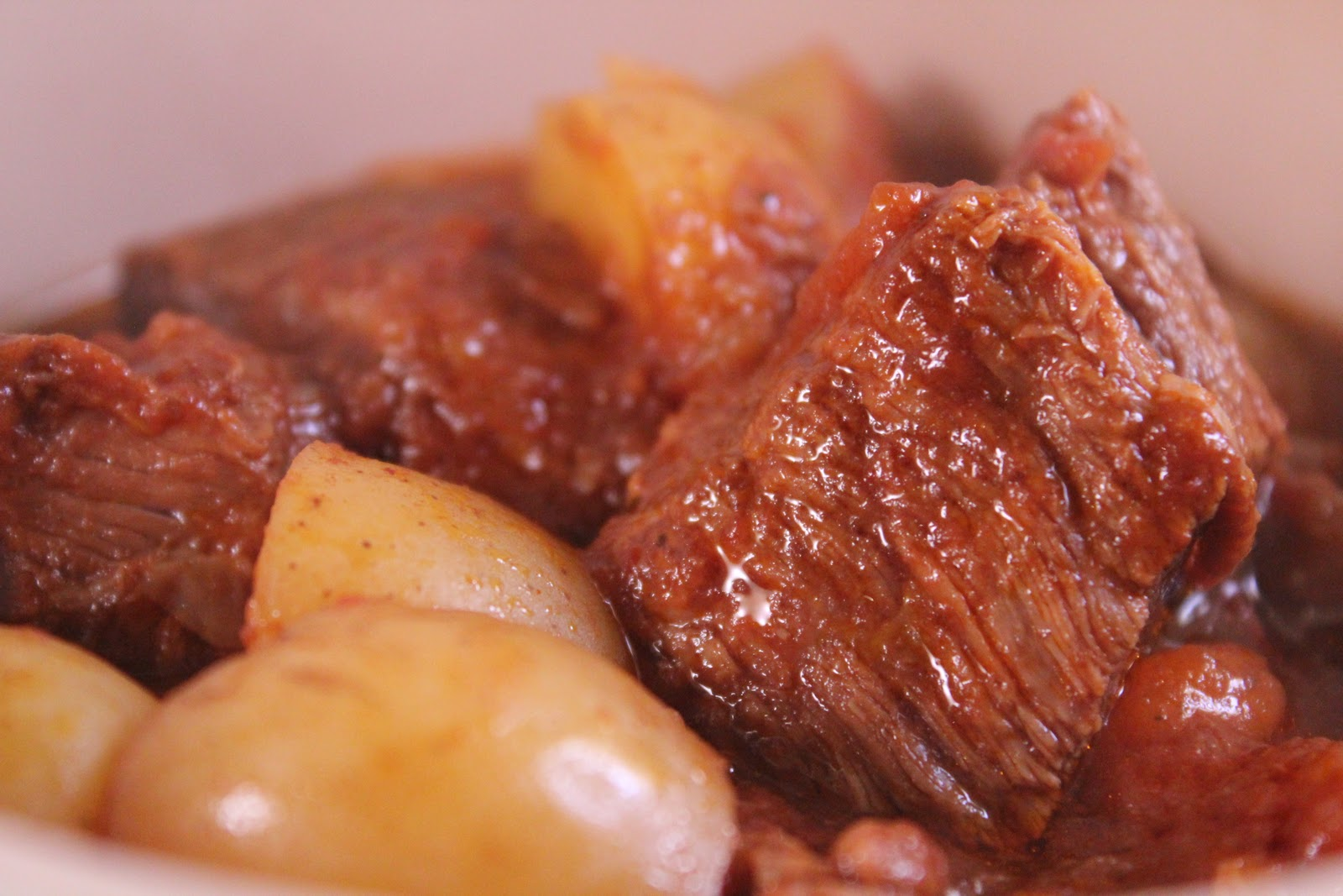 Slow-Cooker Beef And Tomato Stew With Potatoes (adapted from Everyday ...