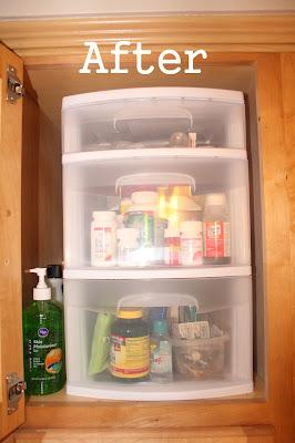cabinet-clutter-organization
