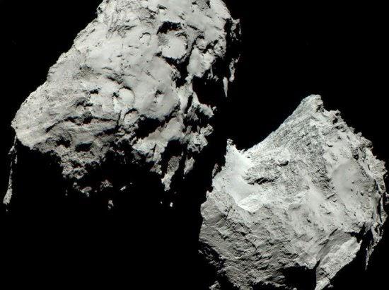 Mesmo em cores, imagem do cometa 67P é cinza