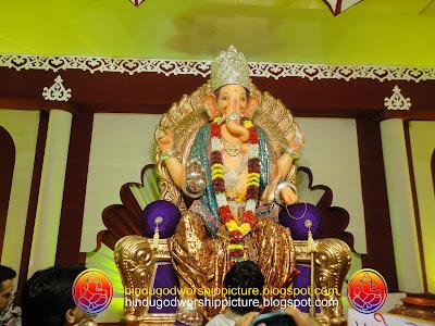 Big Lord Ganesha Idol Picture