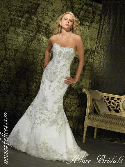 Vestido de novia en pedreria