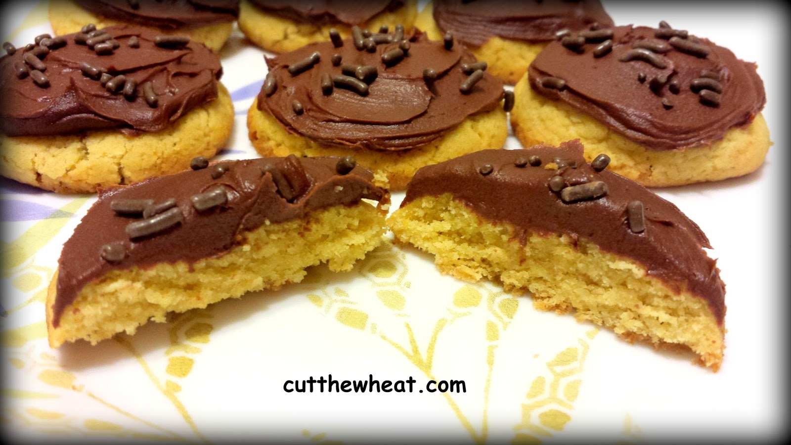 Cut the Wheat: Chinese Almond Cookies with Chocolate Topping: Low Carb ...
