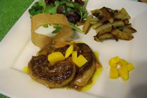 foie gras po l sur lit chutney de mangues et pommes de terre sarladaises blogs de cuisine. Black Bedroom Furniture Sets. Home Design Ideas