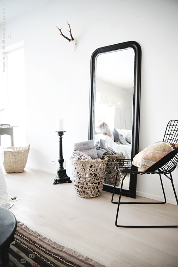 Decor trend: Floor mirrors | Image via Sköna Hem.