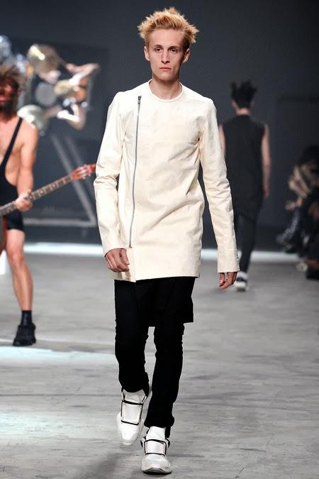 http://www.henrikvibskovboutique.com/shopping/men/adidas-x-rick-owens/items.aspx