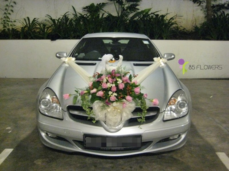 Cars and bikes car decoration for wedding for Automotive decoration