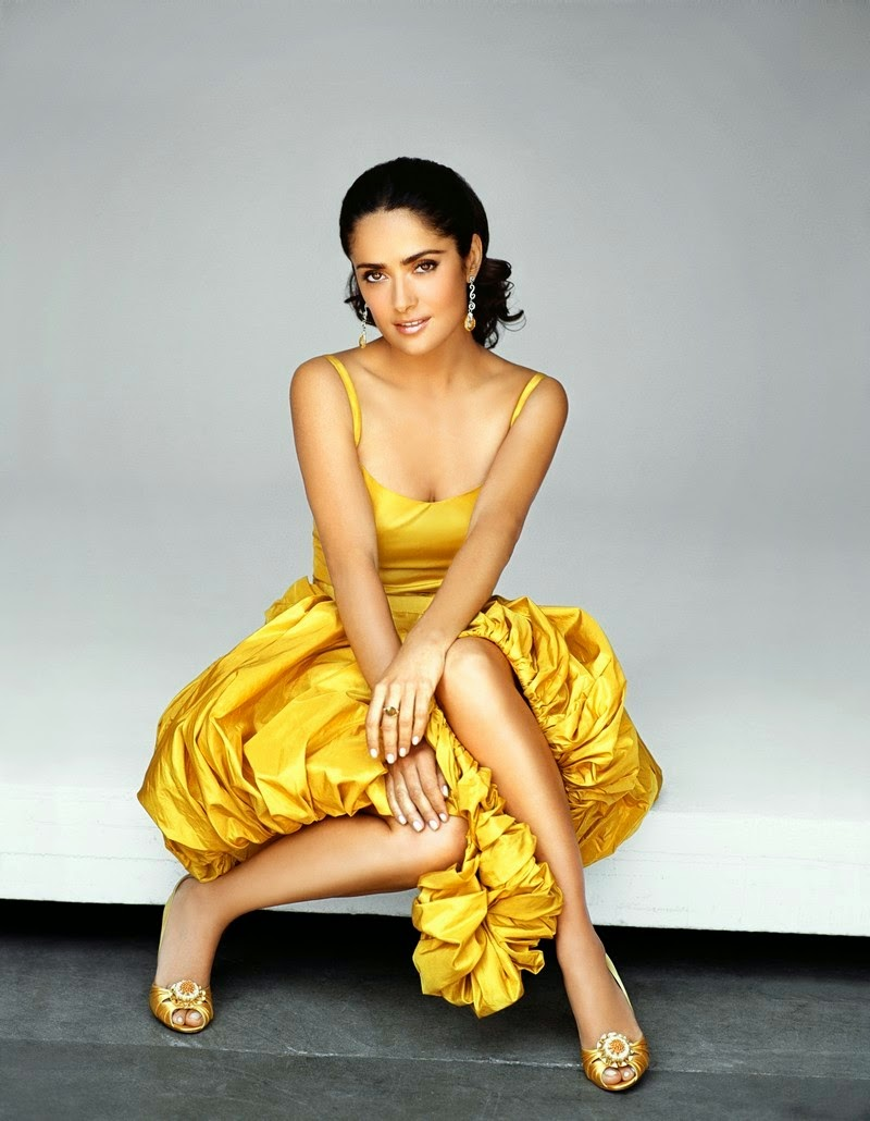 Salma Hayek HD beautiful  hot Wallpaper in yellow