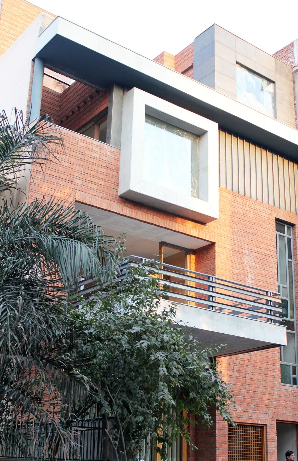 Akda amit khanna design associates de stijl house new for Architecture design for home in delhi