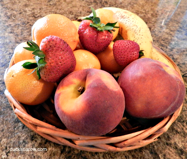 clean fruit, pests, insects