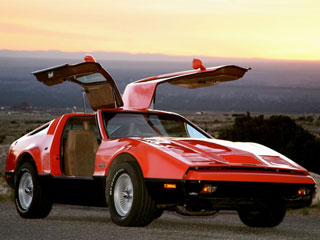 13 on the Dumbest Cars of All Time