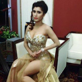 Hot naila bangladeshi nayem model