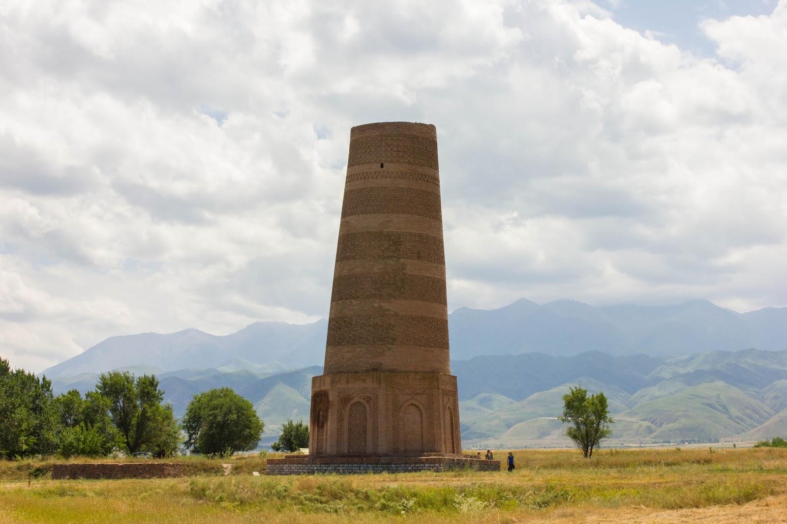 Кыргызстан, Бурана, башня