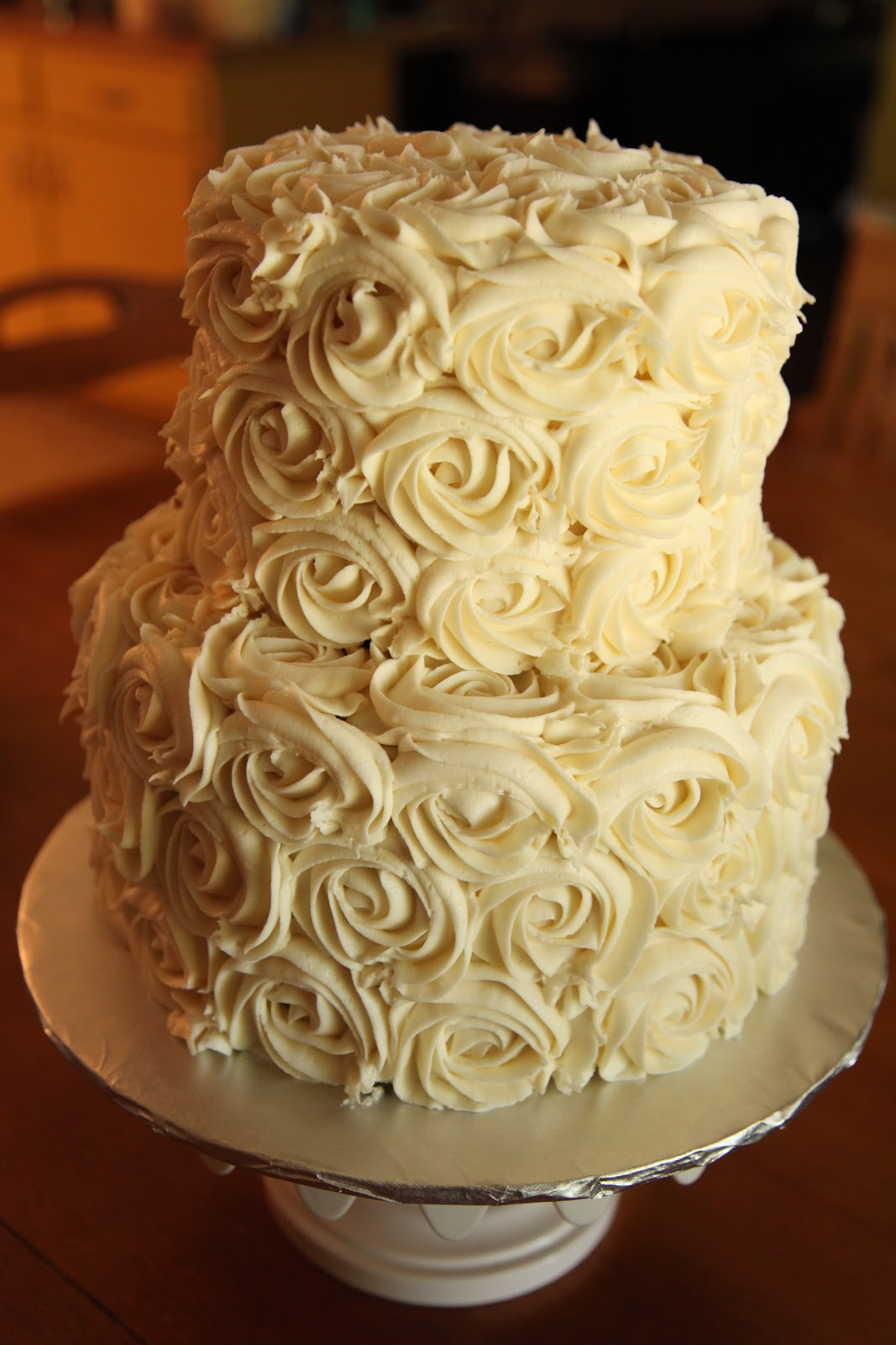 the cake box girls: Simple rose wedding cake