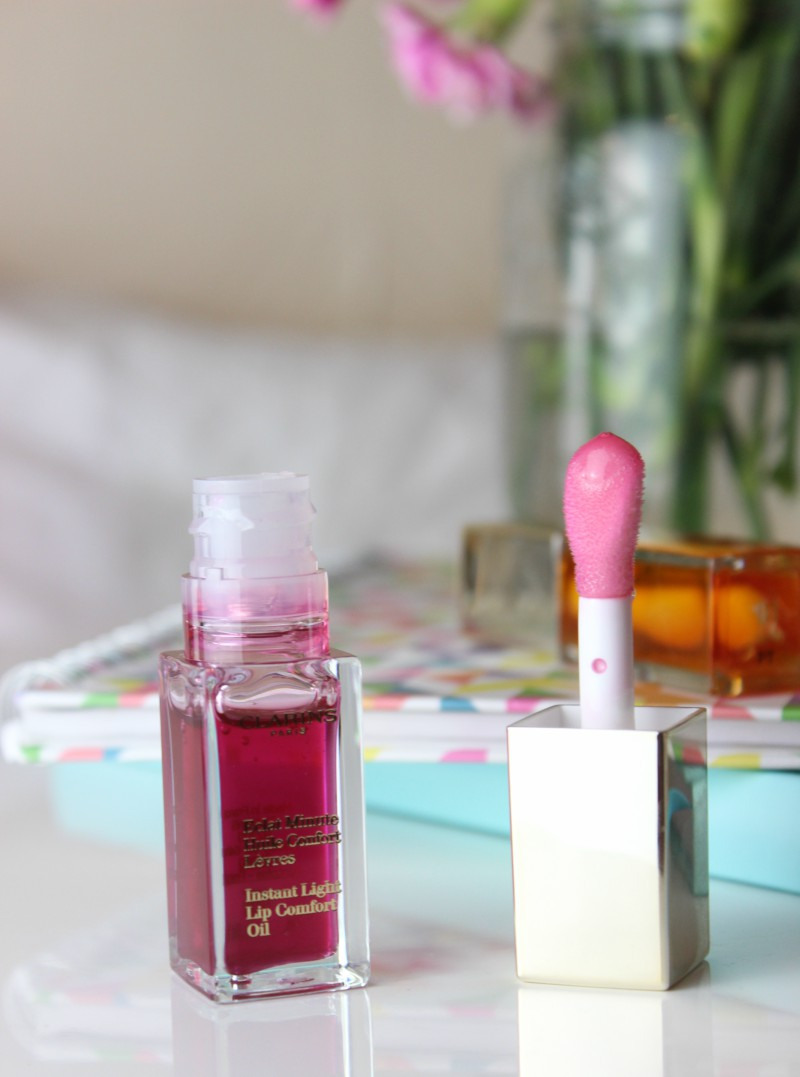 Clarins Instant Light Lip Comfort Oils Return