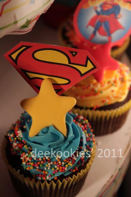 deekookies superman cupcakes for