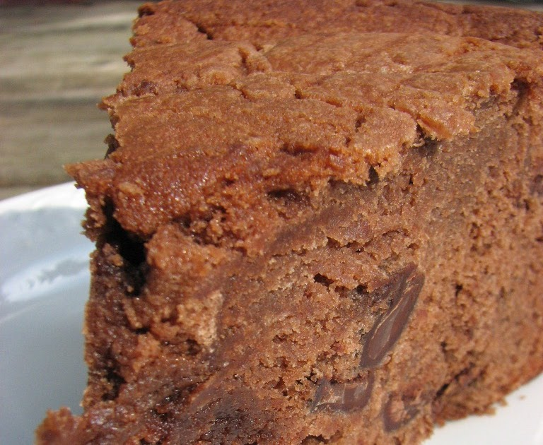 Trisha Yearwood Chocolate Pound Cake Recipe
