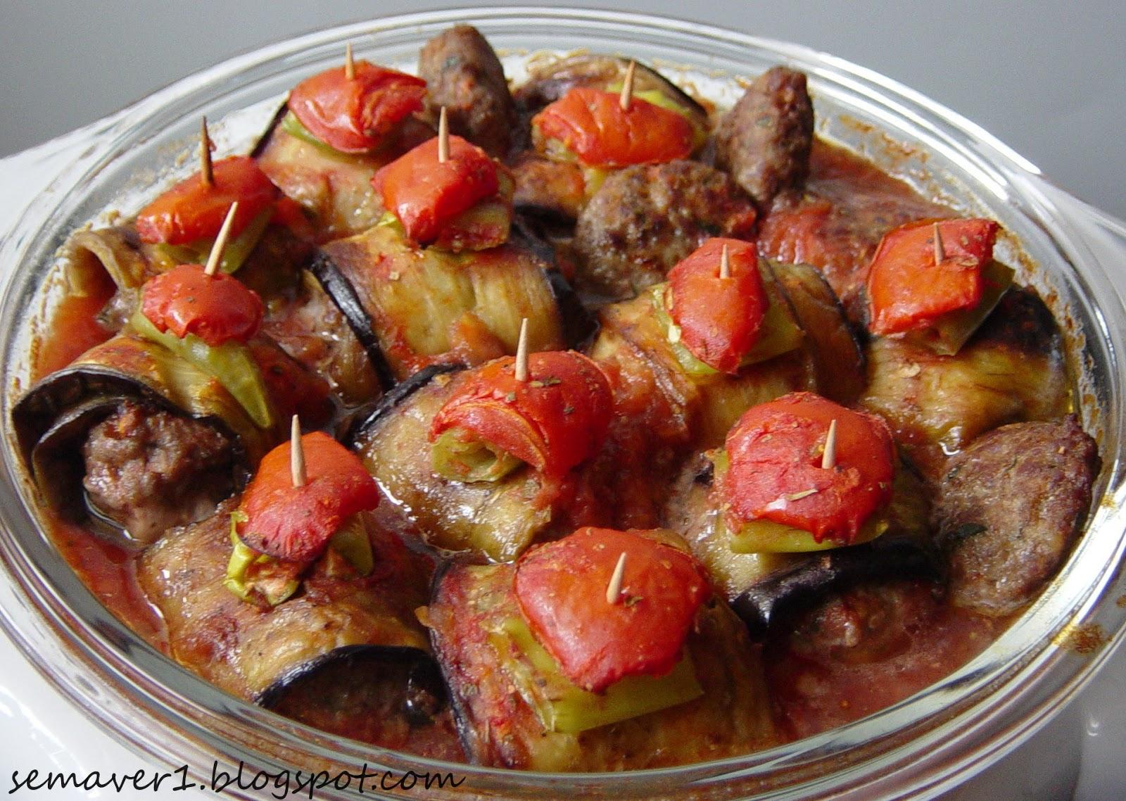 Köfteli Patlıcan Sarması Tarifi
