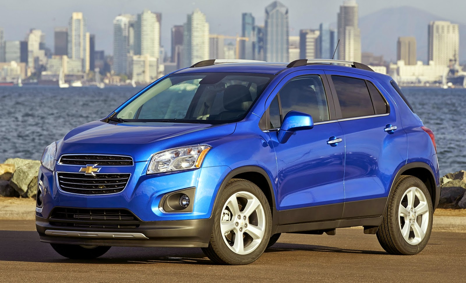 chevy trax set to break into us small. Black Bedroom Furniture Sets. Home Design Ideas