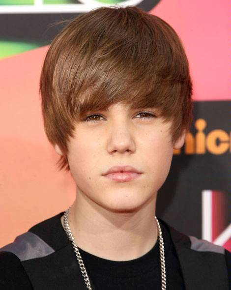 The Teach Zone Try On Justin Biebers Hairstyles With Our Virtual - Hairstyle justin bieber 2012