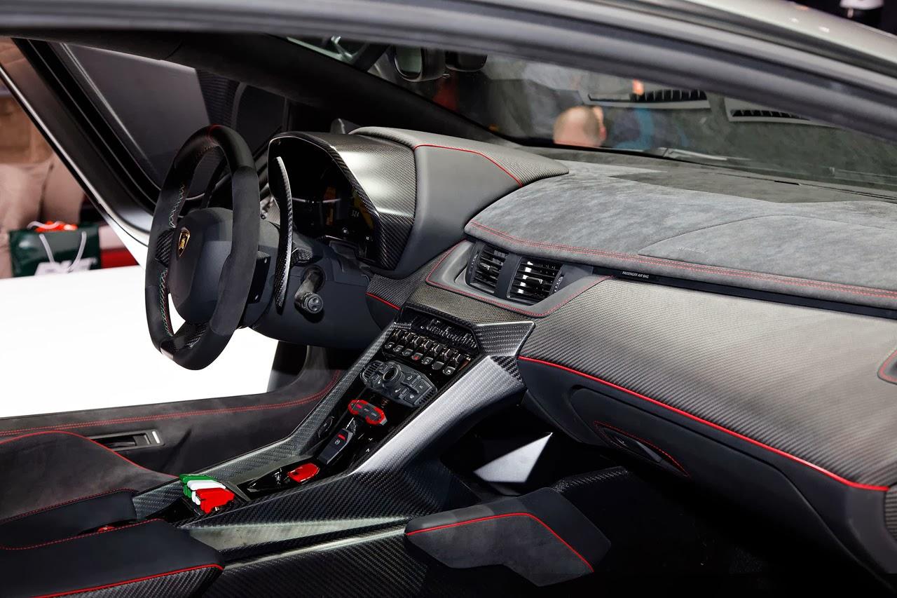 lamborghini veneno ground clearance with Lamborghini Veneno 65 V12750 Hp 2013 on Super Car further Lamborghini Veneno 65 V12750 Hp 2013 also Lamborghini Reventon 2008 in addition 759912137096473935 as well 2013 Lamborghini Aventador Lp 720 4 50 Anniversario.