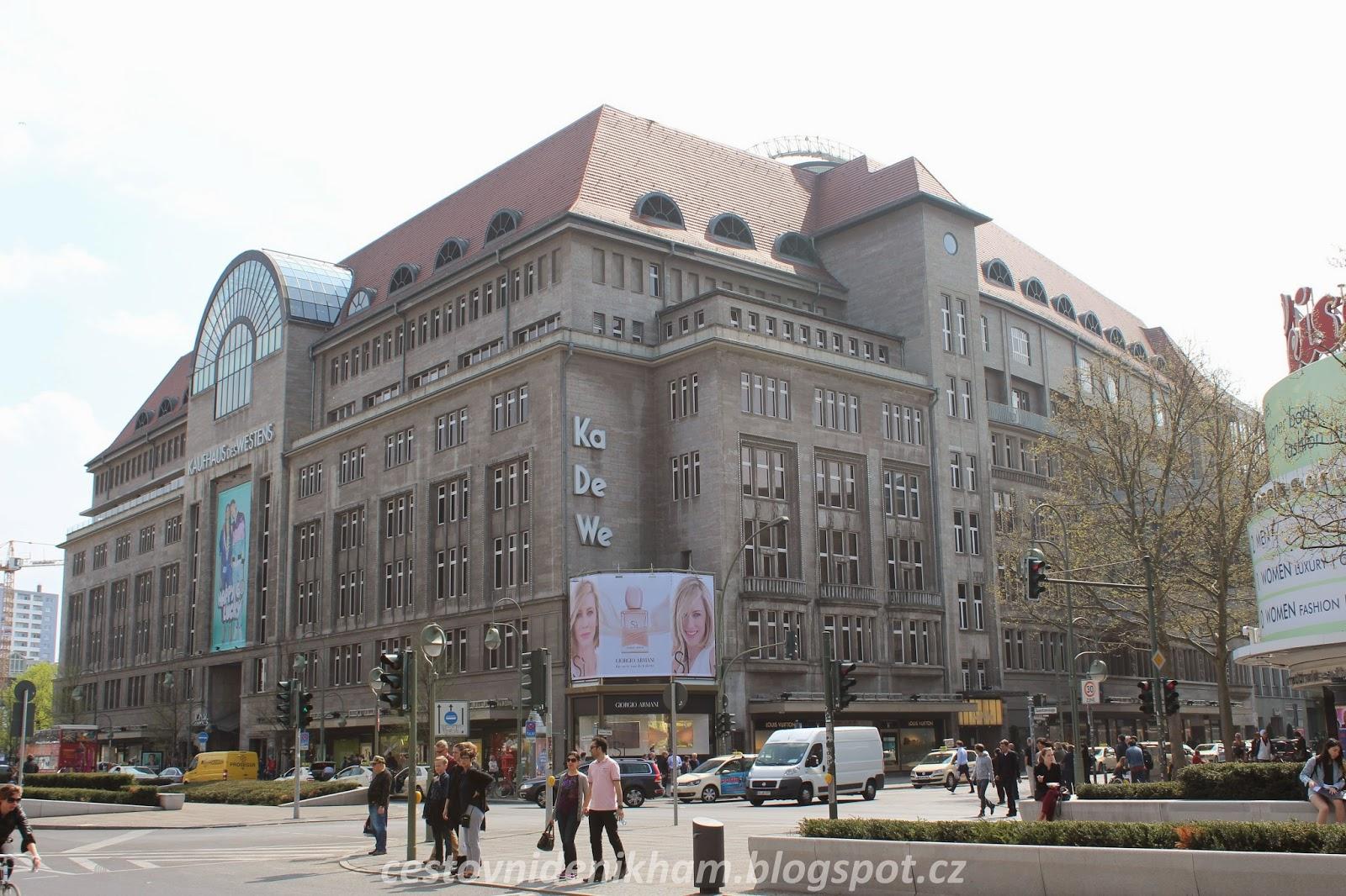 obchodní centrum KaDeWe // KaDeWe shopping center