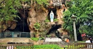 Maria Lourdes cave Kediri.