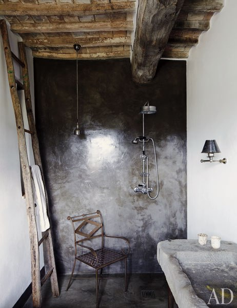 My head space a rustic farmhouse in the hills of italy an ad article - Salle de bain rustique ...