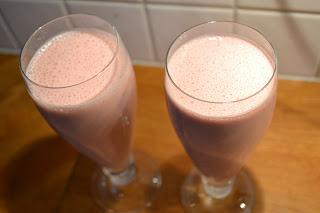 lchf smoothie jordgubb