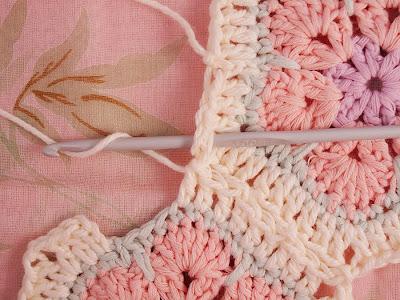 Цветочный фрагмент крючком АФРИКАНСКИЙ ЦВЕТОК для вязания игрушек (38) (400x300, 110Kb) .