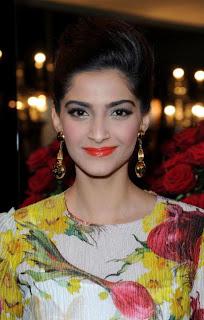 Sonam Kapoor Cute in Dress Pics