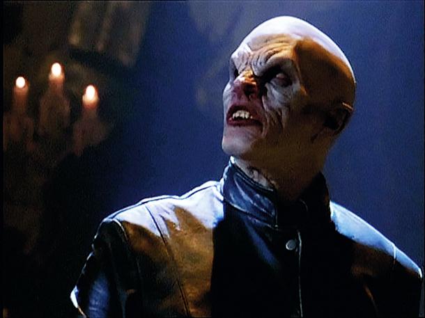 10 ejemplos de vampiros que no brillan al sol -  Maestro Buffy Cazavampiros