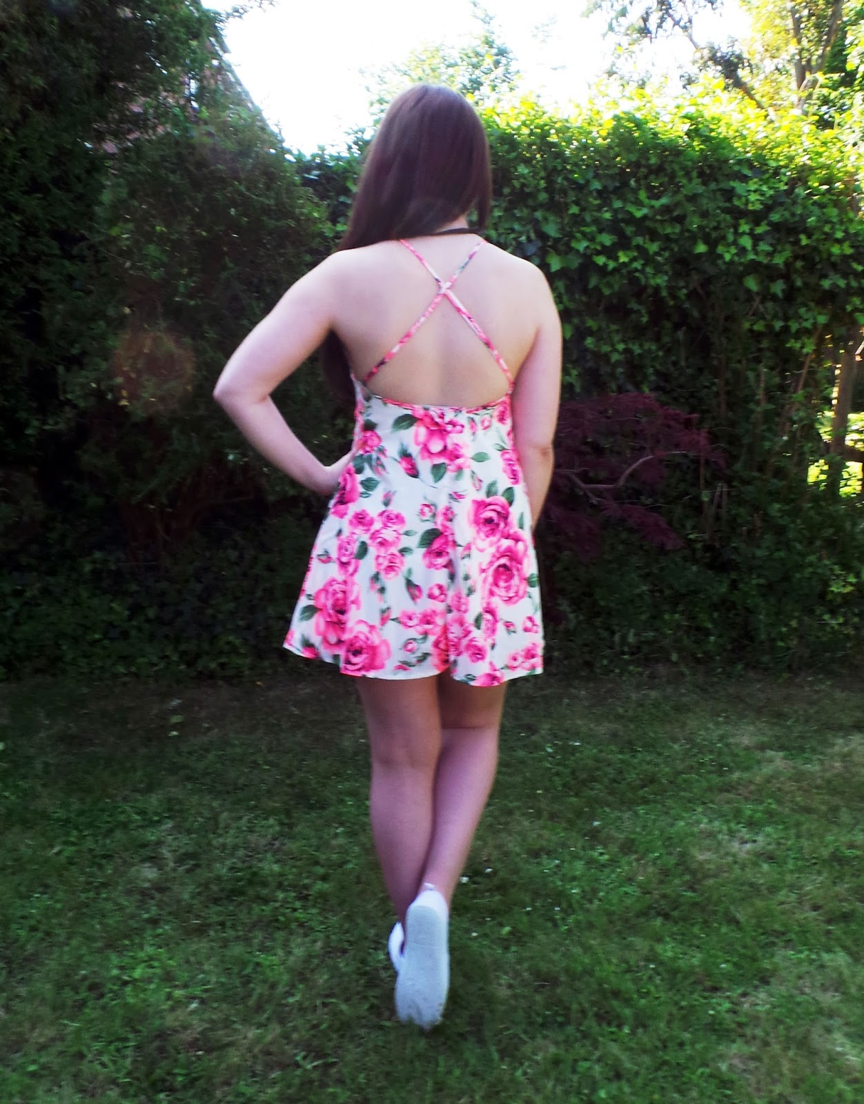 fashion blog, uk fashion blogger, uk fashion blog, fashion bloggers, fashion and lifestyle blog, lauras all made up blog, outfit post, fashion union dress, swing dress, floral print dress, spring summer 2014 trends