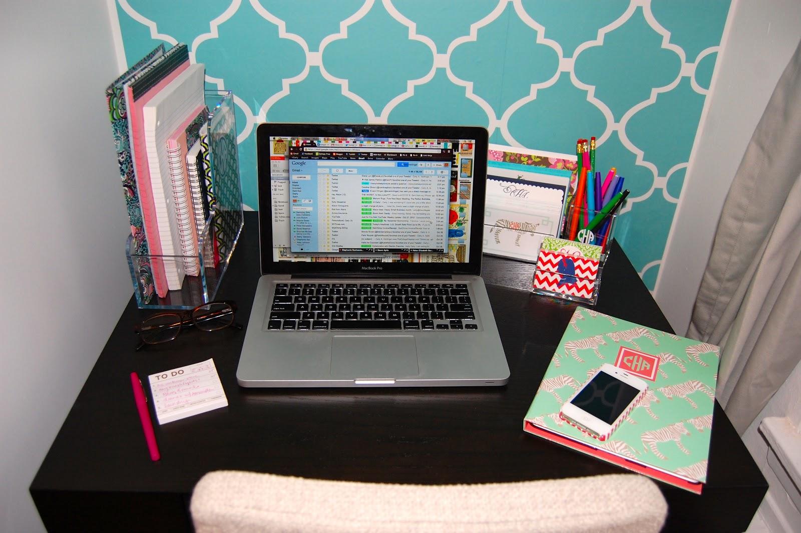 Organize please desks again the college prepster - Cute desk accessories and organizers ...