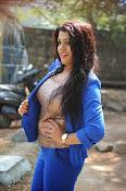 Tashu Kaushik Latest Glamorous Photos-thumbnail-2
