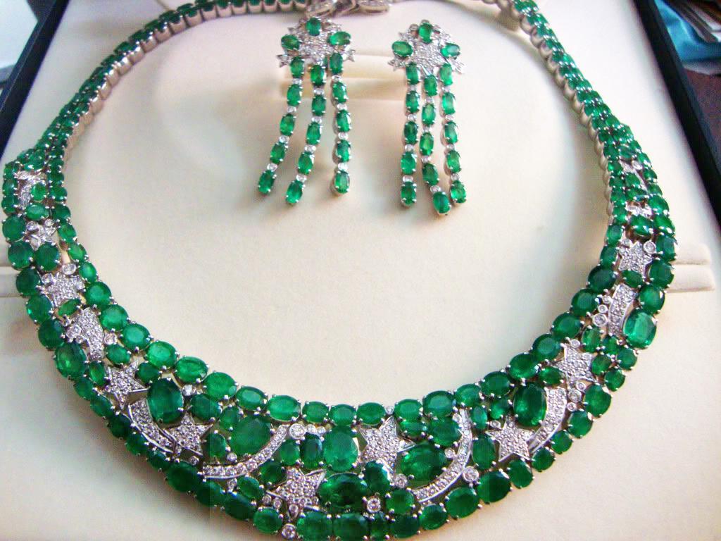 Emerald Necklace Models