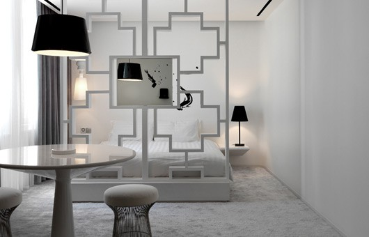 ... idea 12 : Scheidingswand tussen bed en rest van de slaapkamer door rvg