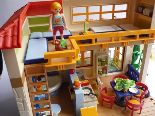 Playmobil maison de campagne for Modele maison playmobil