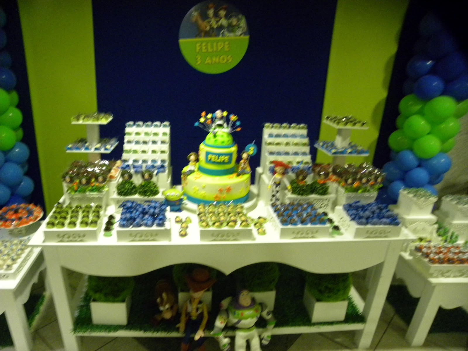 decoracao festa glow:Ô de casa!: Festa Infantil – Buzz Lightyear
